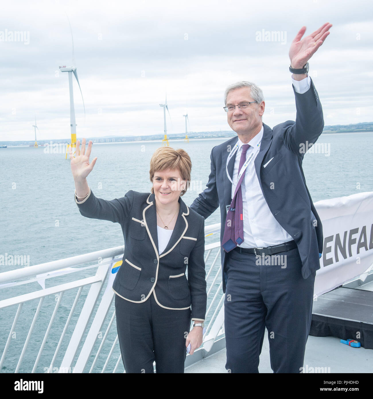 First Minister Nicola Sturgeon and Vatenfall CEO Magnus Hall at the opening of Vattenfall's European Offshore Wind Deployment Centre (EOWDC) off the coast of Aberdeen. - Stock Image