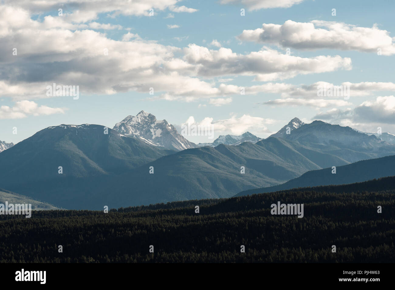 Canadian mountains at sunset - Stock Image