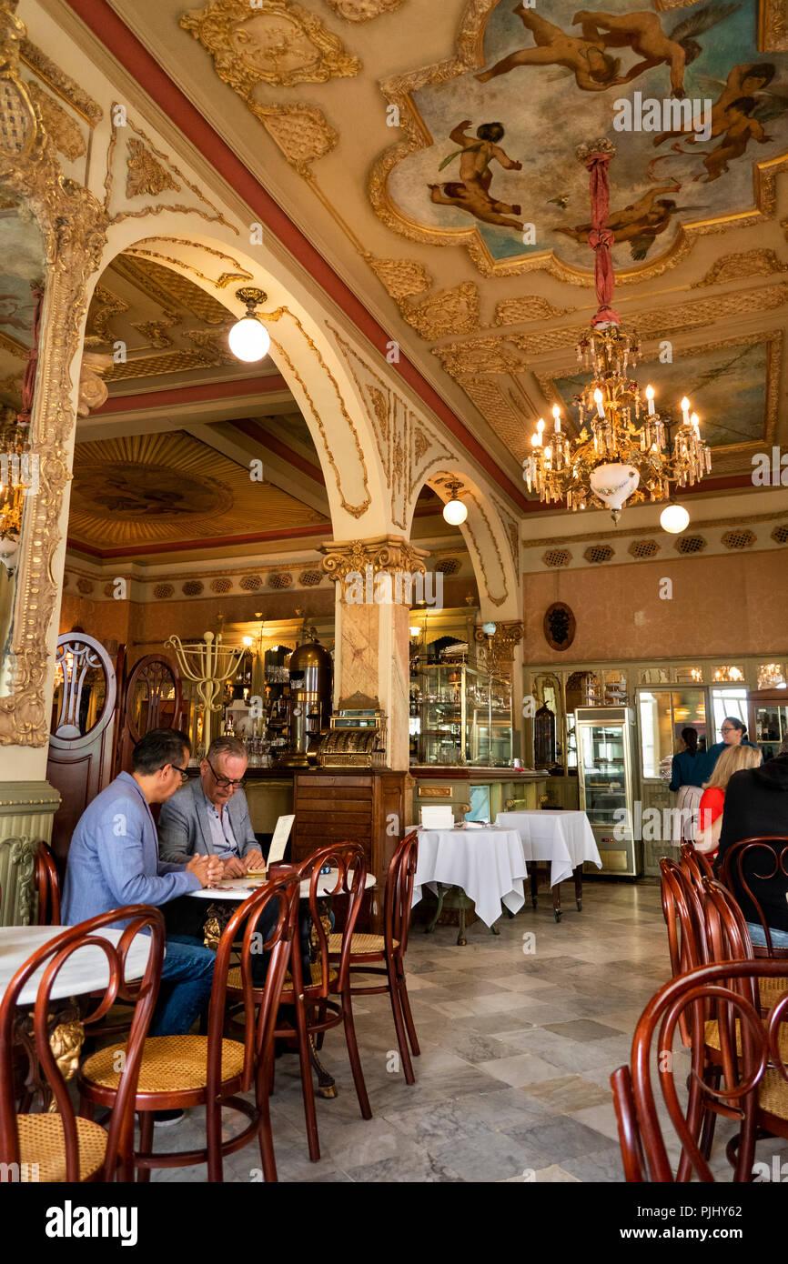 Spain, Cadiz, Plaza de Candelaria, Royalty Café traditionally decorated interior - Stock Image