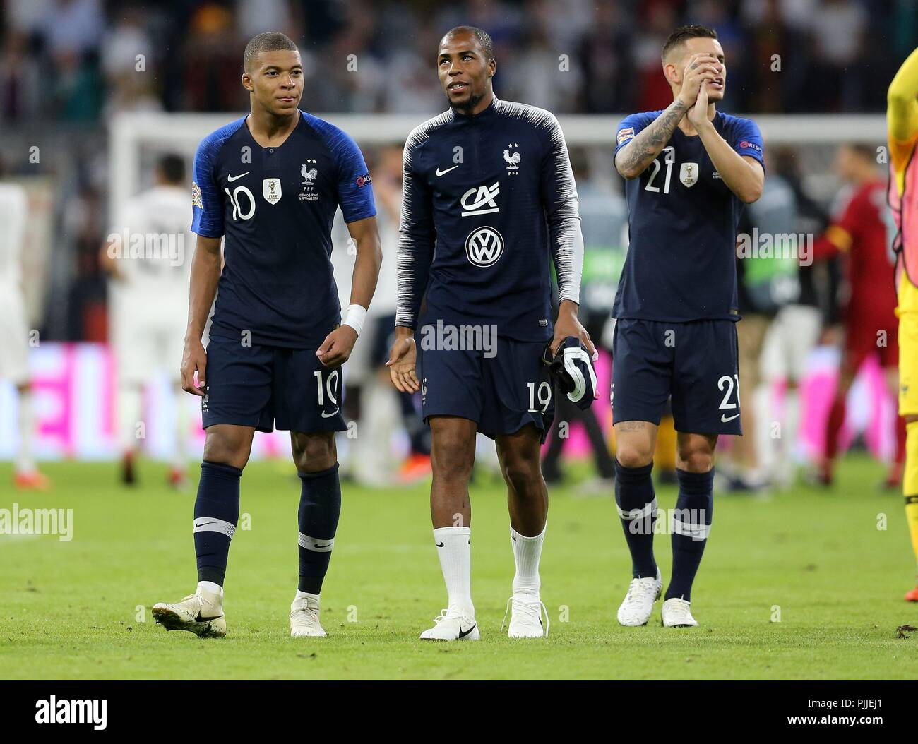 firo: 06.09.2018 Fuvuball, Football, National Team, Germany, UEFA, Nations League, Division A, League A, GER, Germany - FRA, France Kylian Mbappv © , Djibril Sidibv © , France, full figure, | usage worldwide - Stock Image