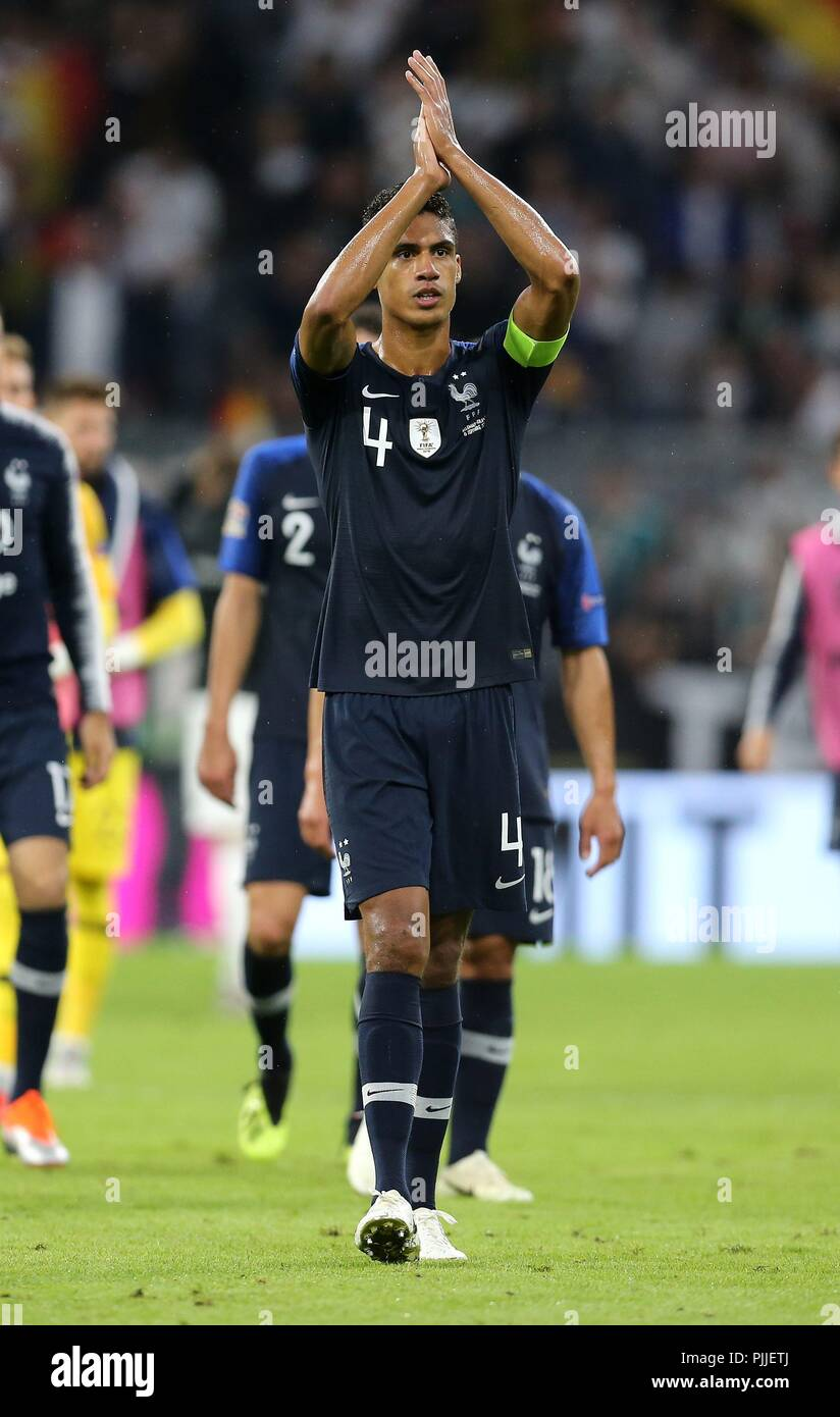 firo: 06.09.2018 Fuvuball, Soccer, National Team, Germany, UEFA, Nations League, Division A, League A, GER, Germany - FRA, France Raphael Varane, France, FRA, full figure, gesture | usage worldwide - Stock Image