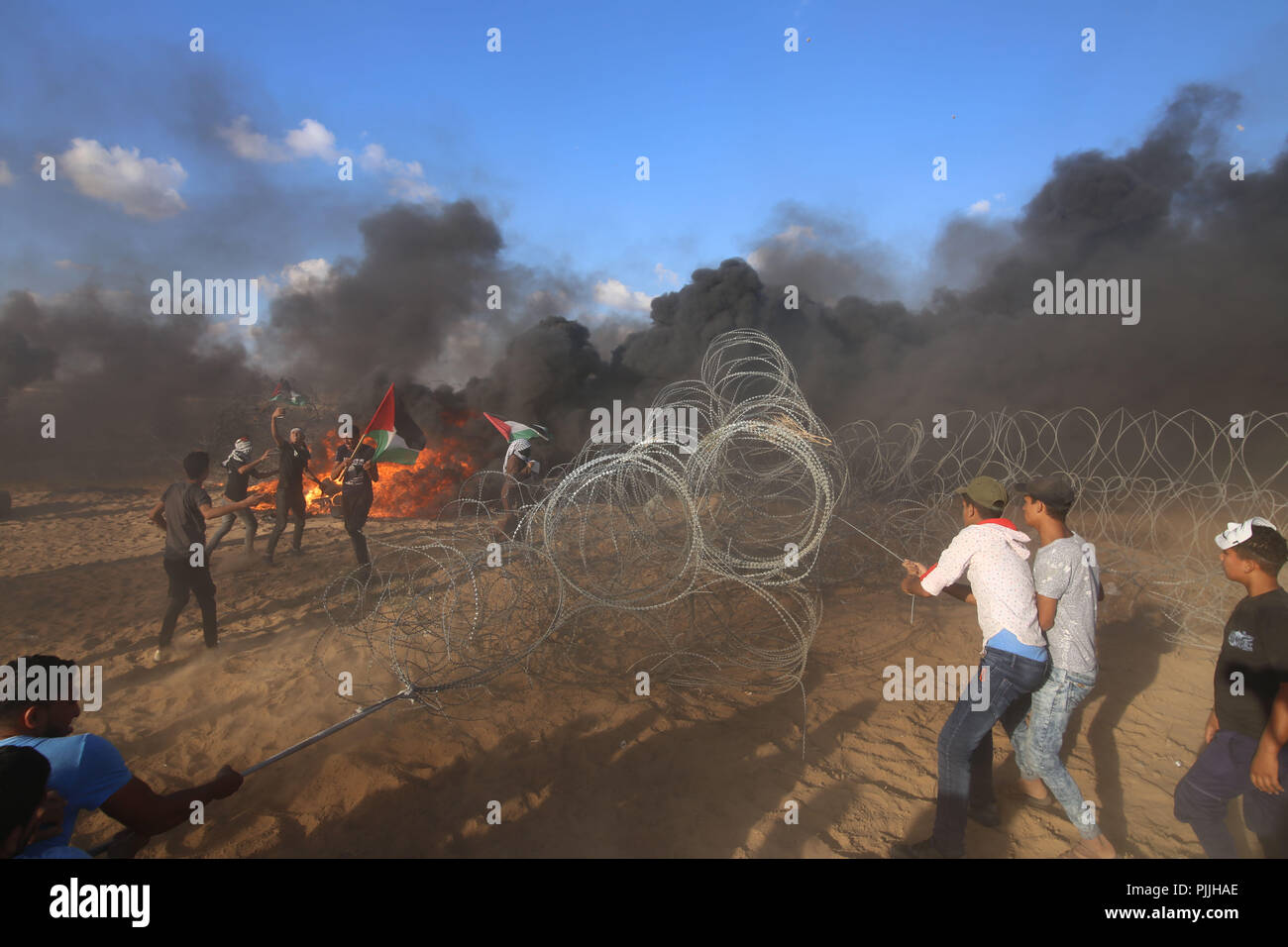 Consider, gaza israel pull strip simply