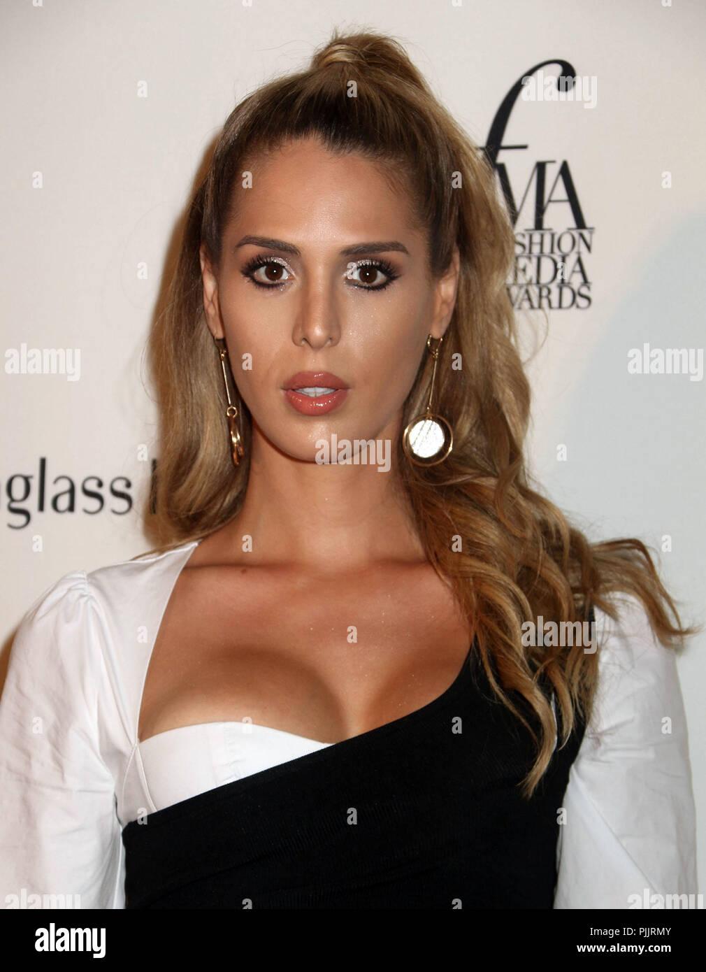 ICloud Nadine Vinzens nudes (95 photo), Sexy, Paparazzi, Twitter, cleavage 2019