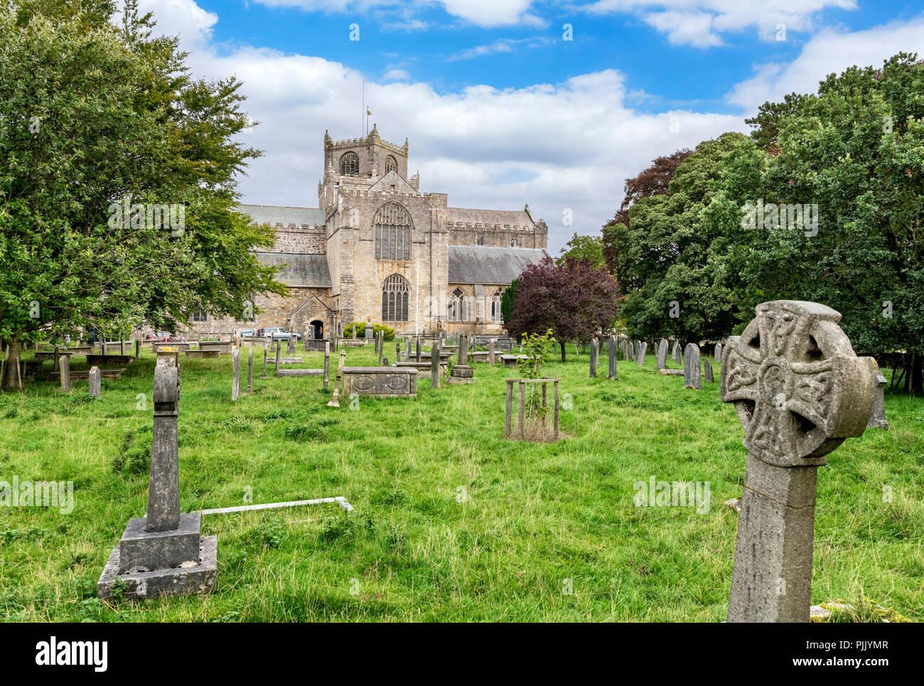 Cartmel Priory church and graveyard, Cartmel, Cumbria, England, UK - Stock Image