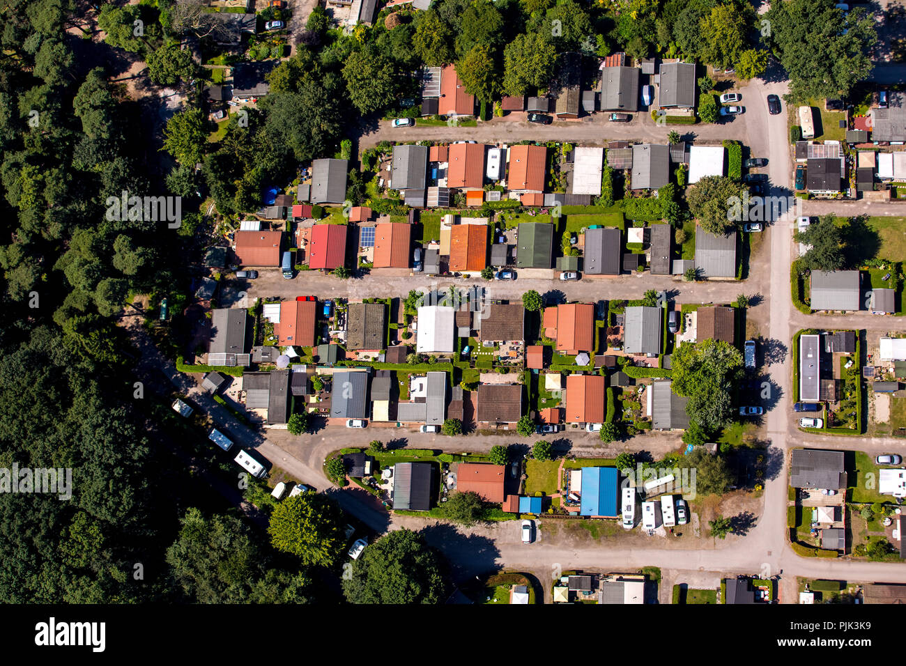 Aerial view, camping on Entenfangsee mbH, Wambach lake, Entenfang, controversial permanent camping, first residence, Mülheim an der Ruhr, city limits Duisburg, Ruhr area, North Rhine-Westphalia, Germany - Stock Image