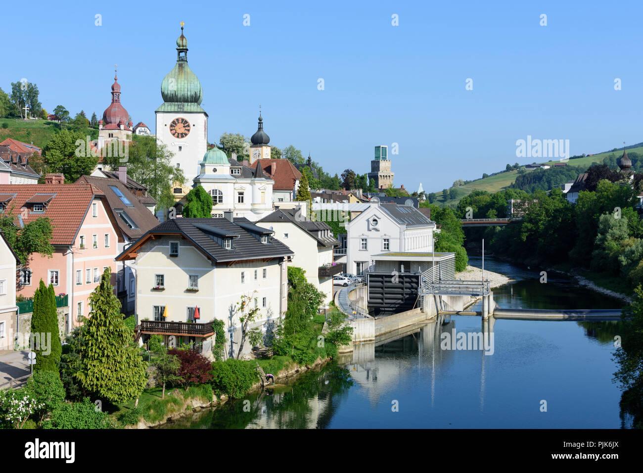 Waidhofen an der Ybbs, city center with castle Rothschildschloss, church Klosterkirche, river Ybbs in Austria, Lower Austria (Niederösterreich), Mostviertel region - Stock Image