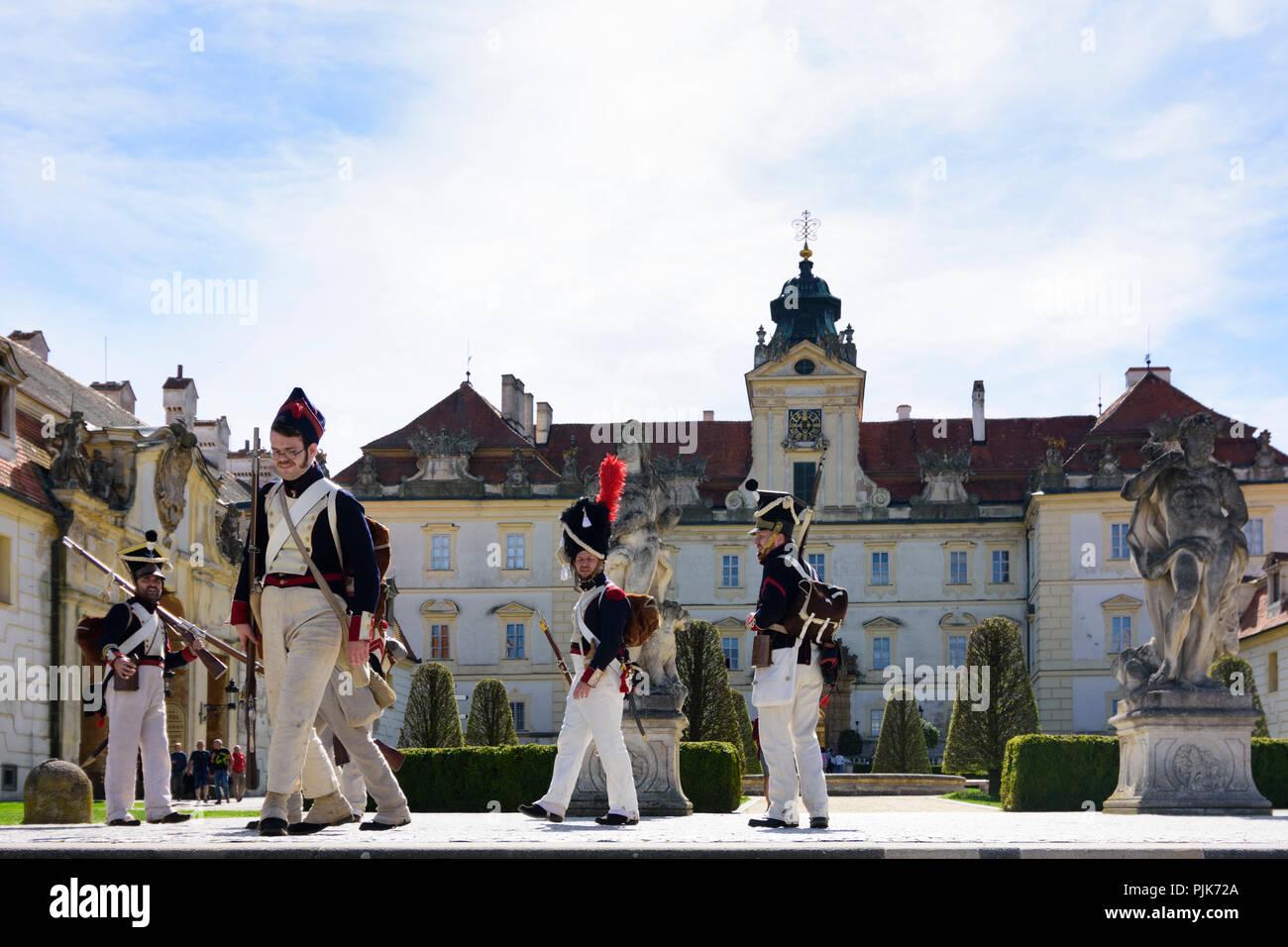 Valtice (Feldsberg), castle, Enthusiast dressed up as soldier during re-enactment of a battle in Czech, Jihomoravsky, Südmähren, South Moravia, - Stock Image