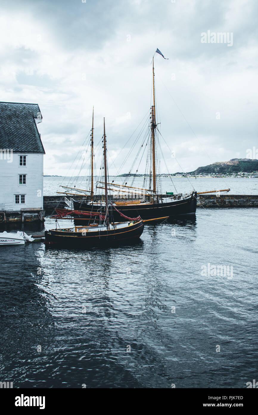 Norway, Møre og Romsdal, Ålesund, harbour - Stock Image