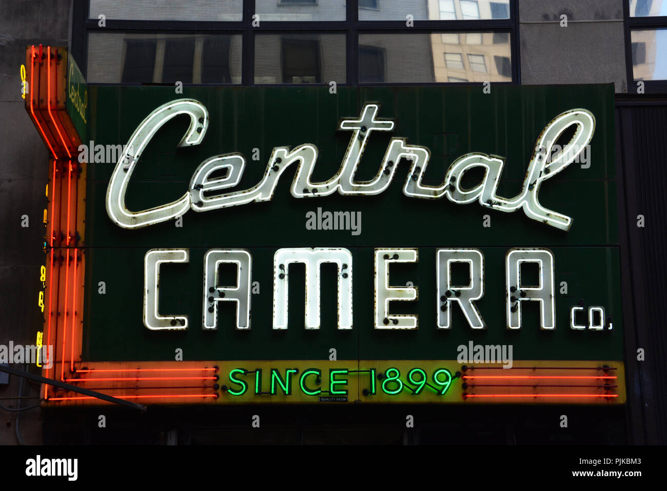 Central Camera has sold photographic equipment and services in Chicago's South Loop since 1899 and is the cities oldest camera store. - Stock Image