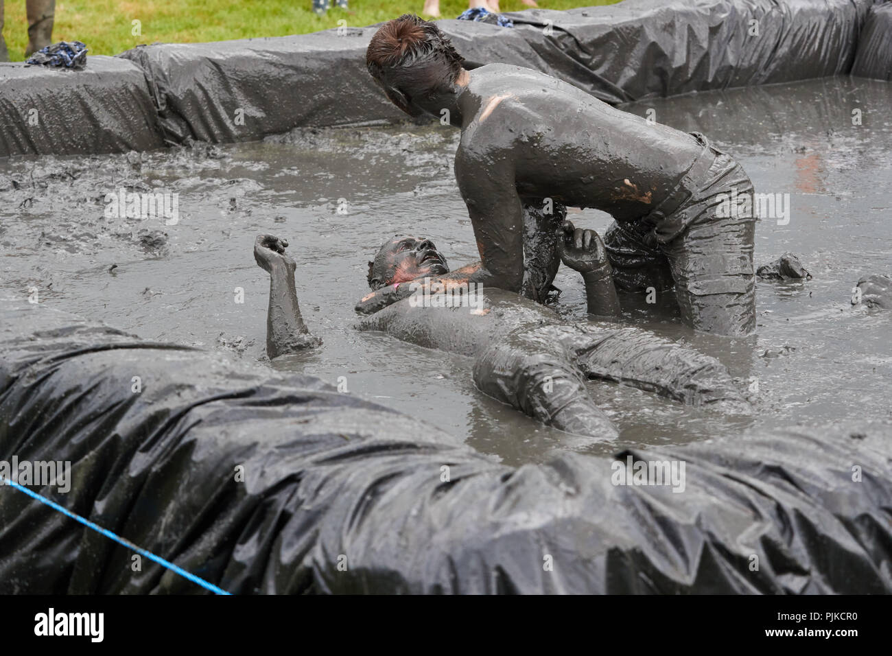 Amature mud fights