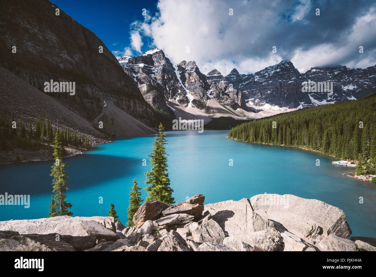 Moraine Lake, Banff National Park, Canada - Stock Image