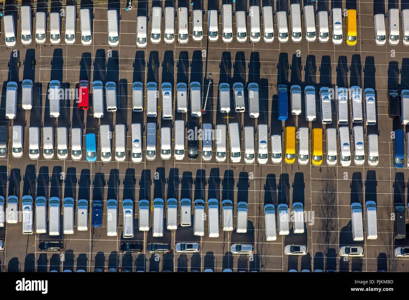 Medienhafen, Nnew car parking lot, Weizenmühlenstraße, Motorhomes, car dump, new car dump, Dusseldorf, Rhineland, North Rhine-Westphalia, Germany - Stock Image