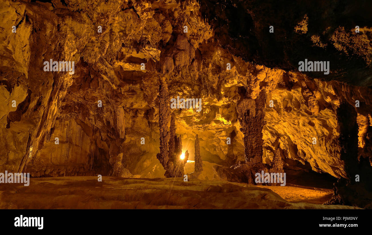 Nguom Ngao Cave in Vietnam - Stock Image