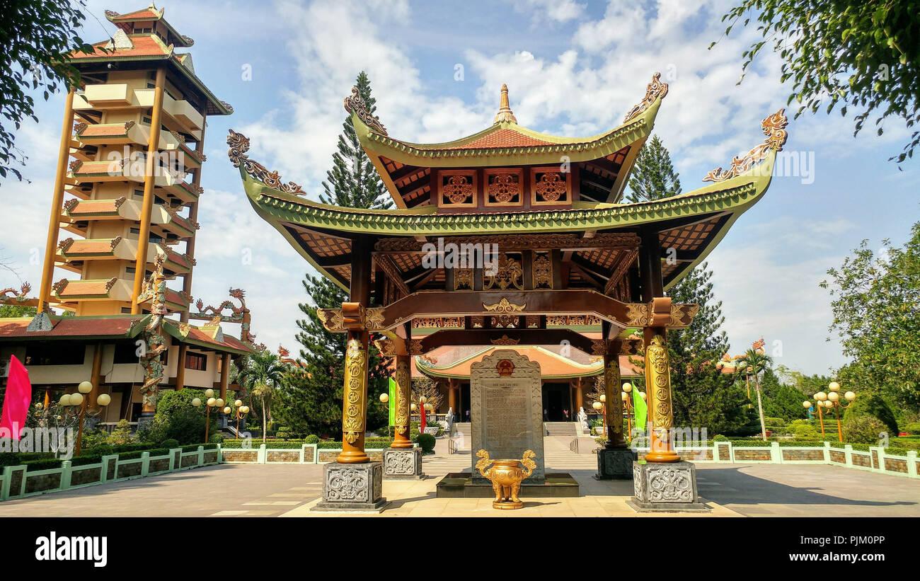 Temple Den Ben Duoc in Vietnam - Stock Image
