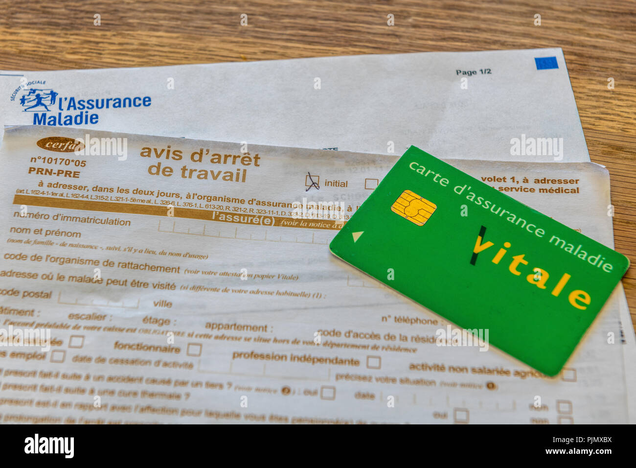 code de l organisme de rattachement carte vitale French document of sick leave, stoppage of work, and Vitale card