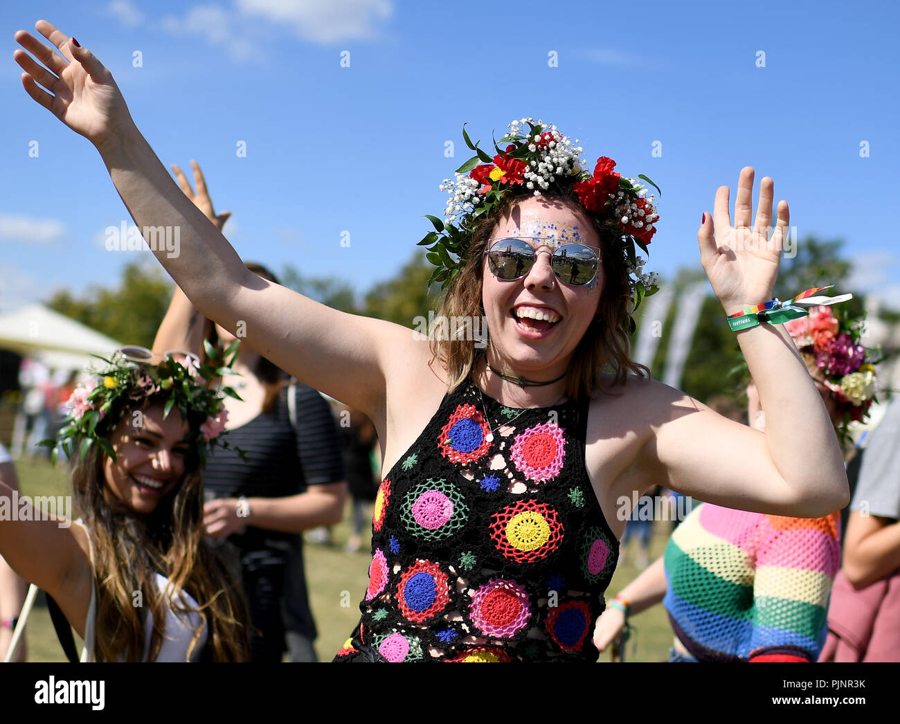 Berlin, Germany. 08th Sep, 2018. Ashley dances at the two-day music festival Lollapalooza on the grounds of the Olympic Park. Credit: Britta Pedersen/dpa/Alamy Live News - Stock Image
