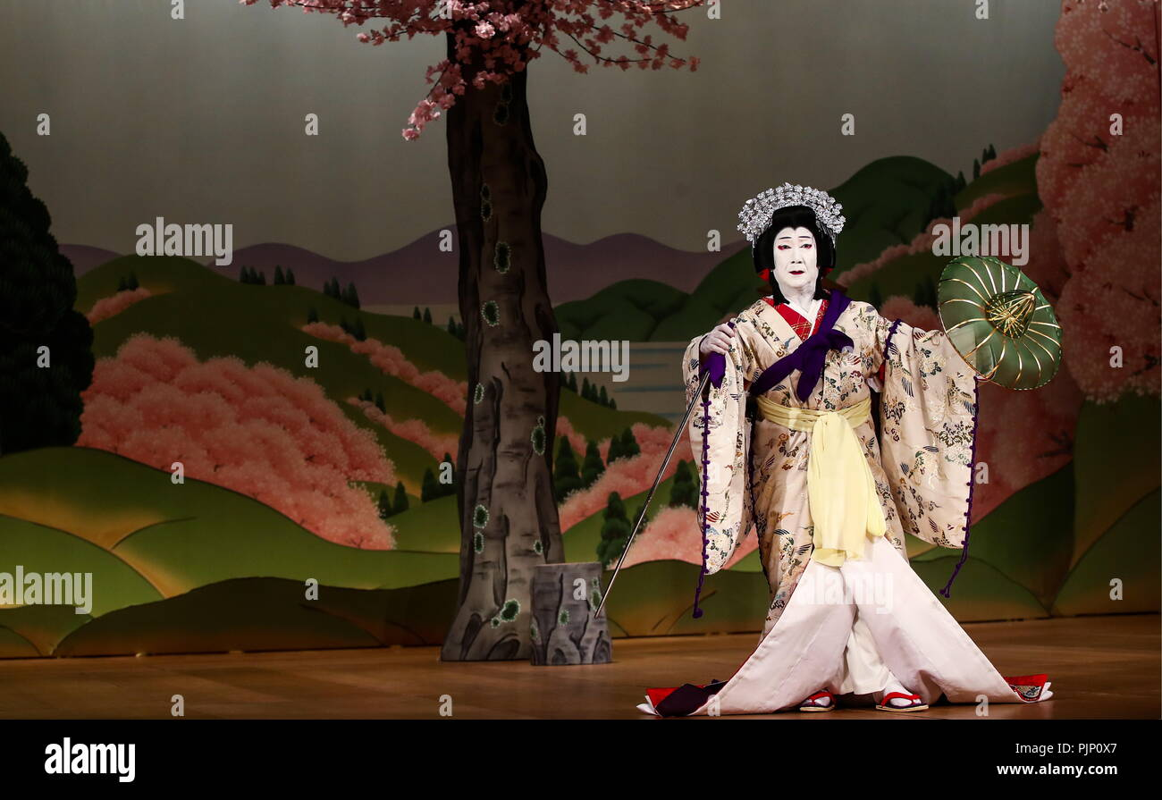 Moscow, Russia. 08th Sep, 2018. MOSCOW, RUSSIA - SEPTEMBER 8, 2018: Actor Senjaku Nakamura III in a scene from the Yoshinoyama production, a Shochiku Grand Kabuki dance performance by Chikamatsuza Troupe, as part of the Chekhov International Theatre Festival at the Mossovet Theatre. The production is performed as part of the Japan-Russia cross cultural year of 2018. Valery Sharifulin/TASS Credit: ITAR-TASS News Agency/Alamy Live News - Stock Image