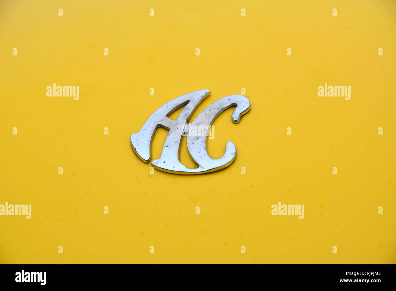 Close up picture of a classic AC Cobra car - Stock Image