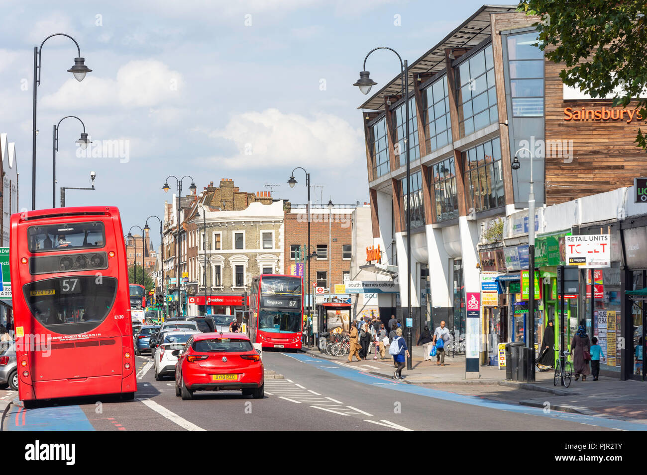 Tooting High Street, Tooting, London Borough of Wandsworth, Greater London, England, United Kingdom - Stock Image