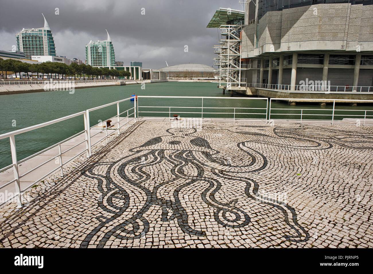 Lisbon, Expo 1998, Parque das Nações,The Lisbon Oceanarium's conceptual design, architecture, and exhibit design was led by Peter Chermayeff Stock Photo
