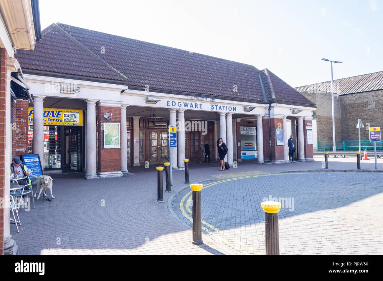 Edgware Underground Station, Station Road, Edgware, London Borough of Barnet, Greater London, England, United Kingdom - Stock Image