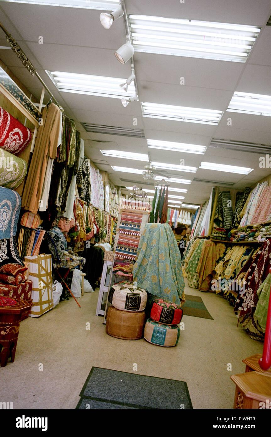Dry goods shop in the Rue du Brabant in Schaerbeek, Brussels (Belgium, 22/05/2004) - Stock Image