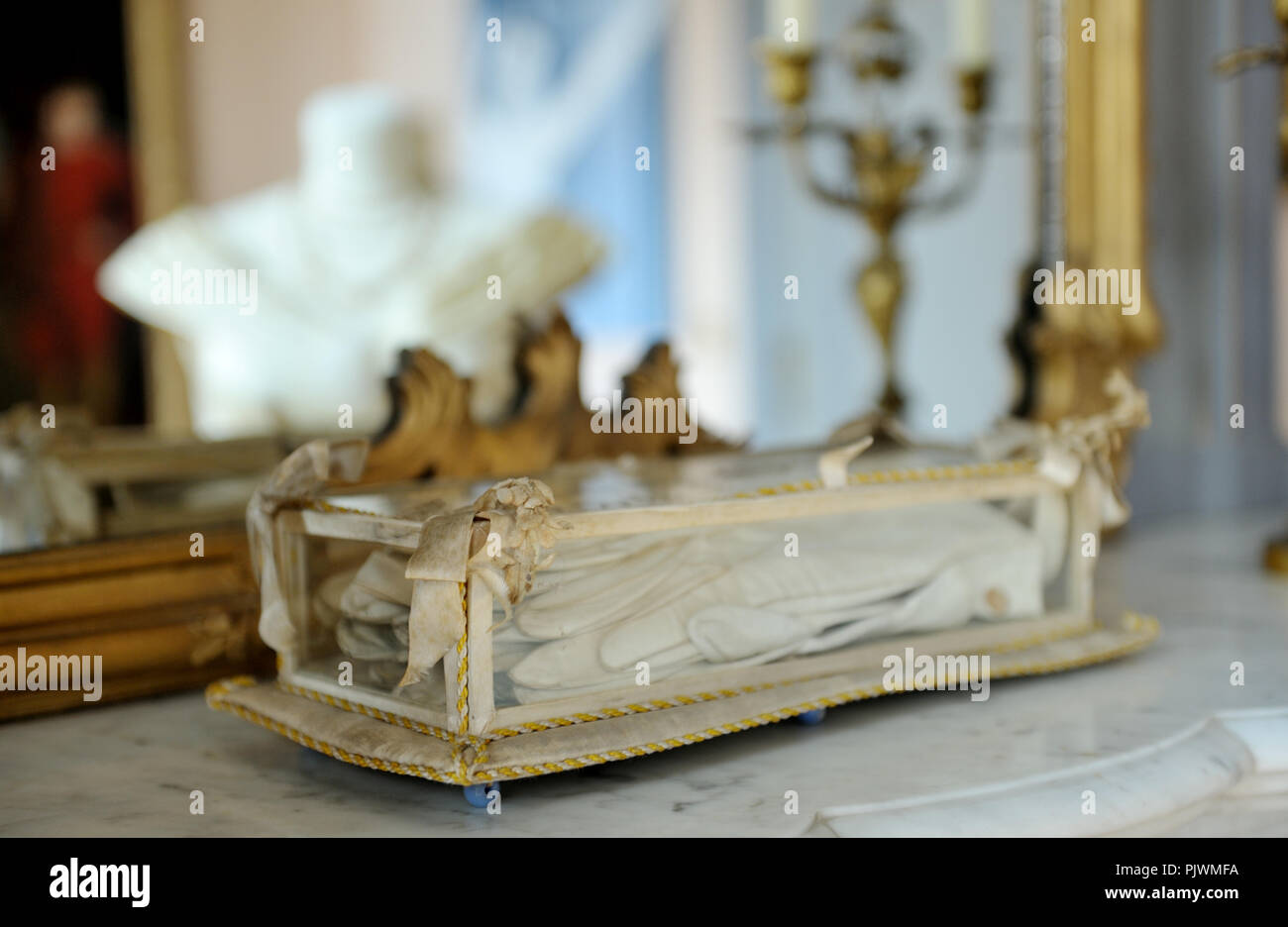 Interieur van kasteel stock photos & interieur van kasteel stock