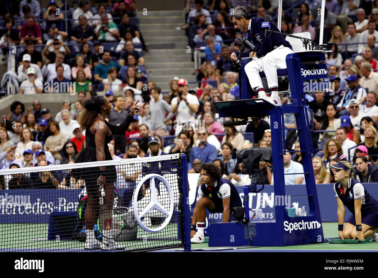 New York, USA. 8th September 2018.  US Open Tennis:   Serena Williams scolds the chair umpire after being penalized a point for smashing her racket. during her loss to Naomi Osaka of Japan in the US Open women's final.   Williams was later penalized a game at 4-3 in the final set, which added controversy to the match. Credit: Adam Stoltman/Alamy Live News - Stock Image