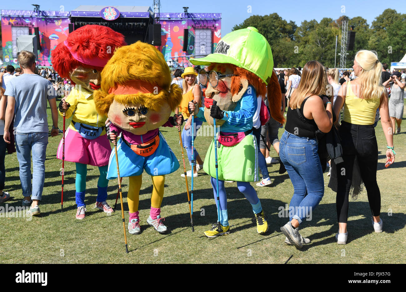 Berlin, Germany. 09th Sep, 2018. 09.09.2018, Berlin: Colourful figures are presented at the two-day music festival Lollapalooza. Credit: Jens Kalaene/dpa-Zentralbild/dpa/Alamy Live News - Stock Image