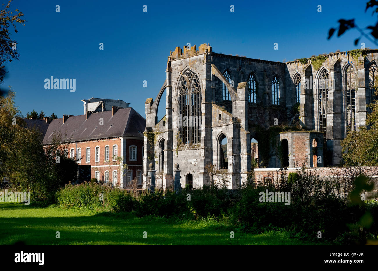 The ruin of the Cistercian Abbey of Aulne in Gozée, Leernes, founded in the 8th Century (Belgium, 24/10/2011) Stock Photo
