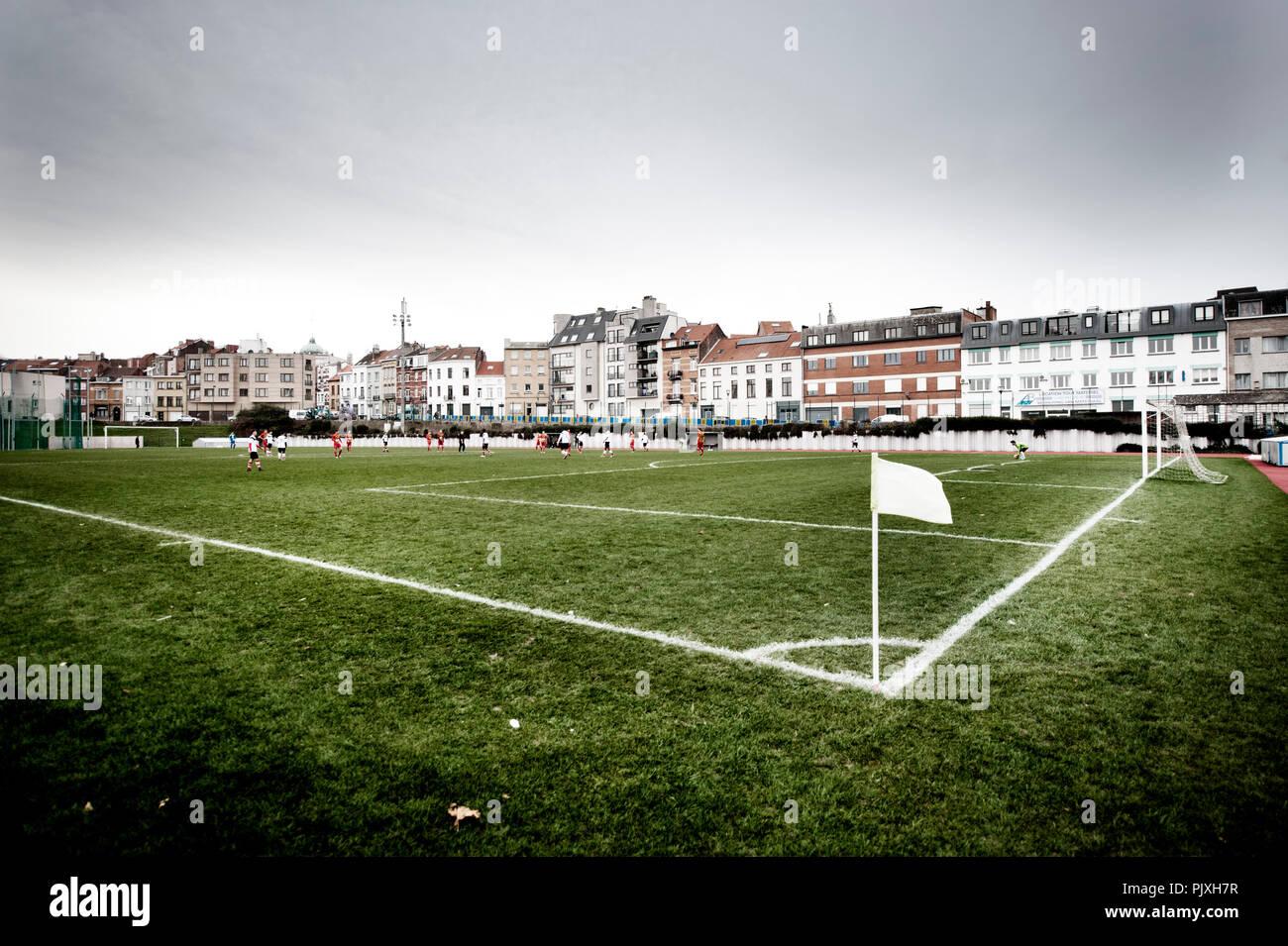 The football game between the promises of RWD Molenbeek and KSV Bornem in the Sippelberg football stadium in Molenbeek-Saint-Jean, Brussels (Belgium,  - Stock Image