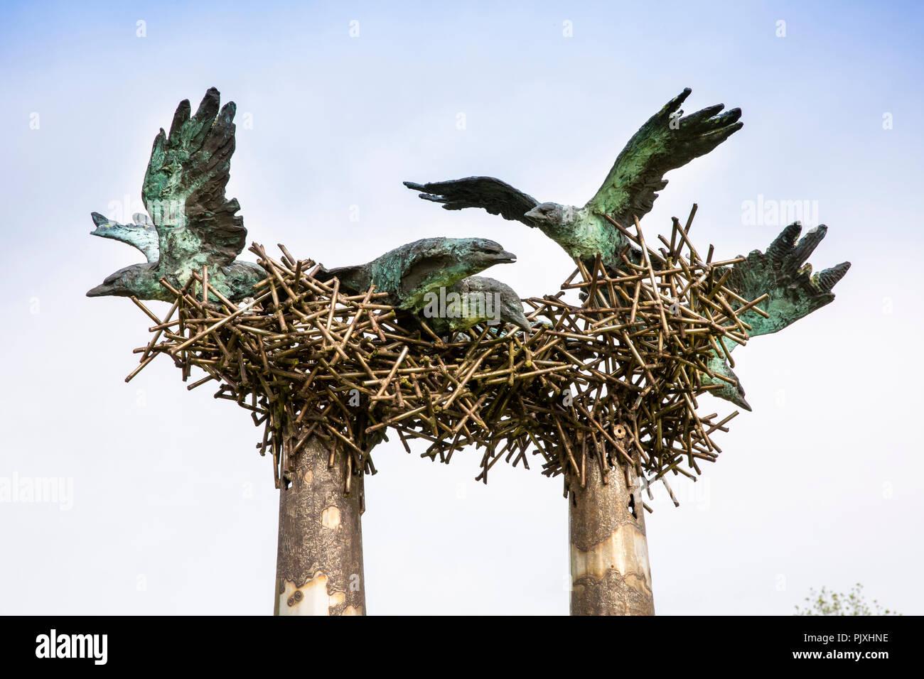 Ireland, Co Leitrim, Drumkeerin, Amenity Area, nesting birds scuplture Stock Photo
