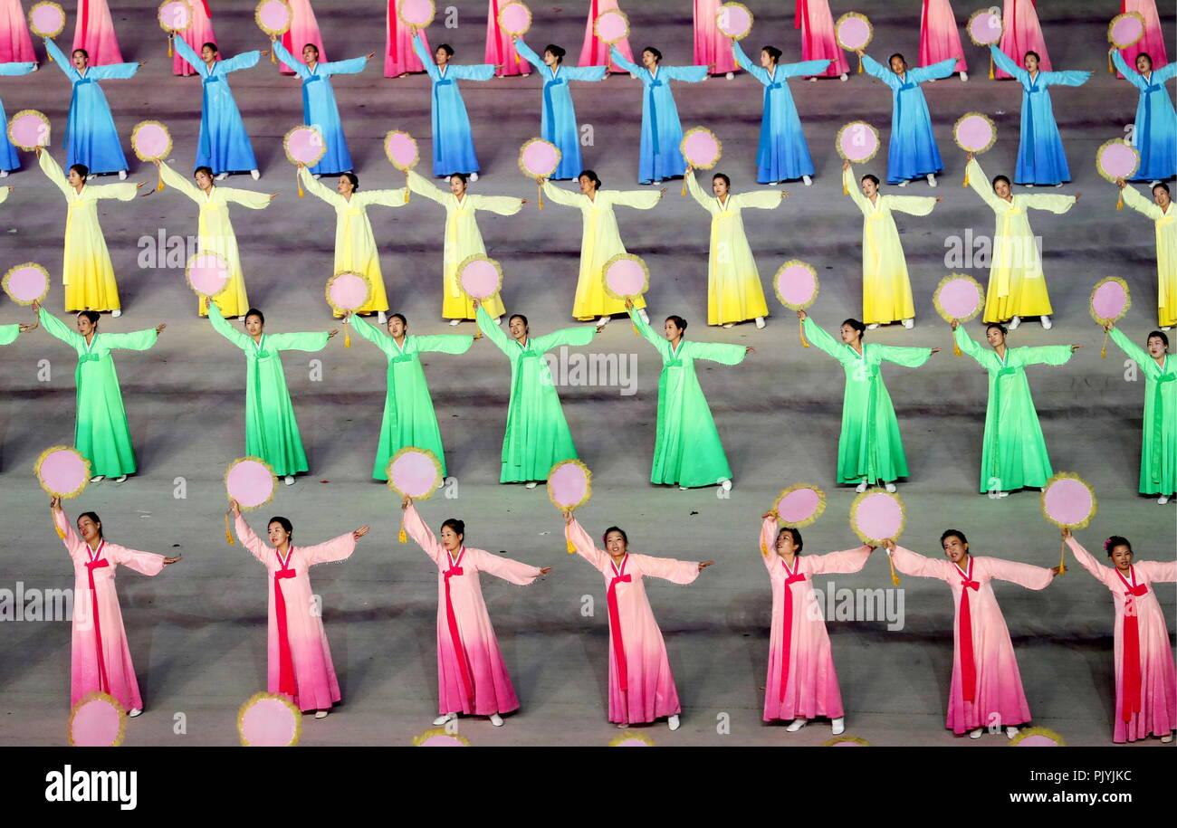 Pyongyang, North Korea. 09th Sep, 2018. PYONGYANG, NORTH KOREA - SEPTEMBER 9, 2018: Performers take part in the Arirang Mass Games marking the 70th anniversary of the foundation of North Korea, at May Day Stadium. Alexander Demianchuk/TASS Credit: ITAR-TASS News Agency/Alamy Live News - Stock Image