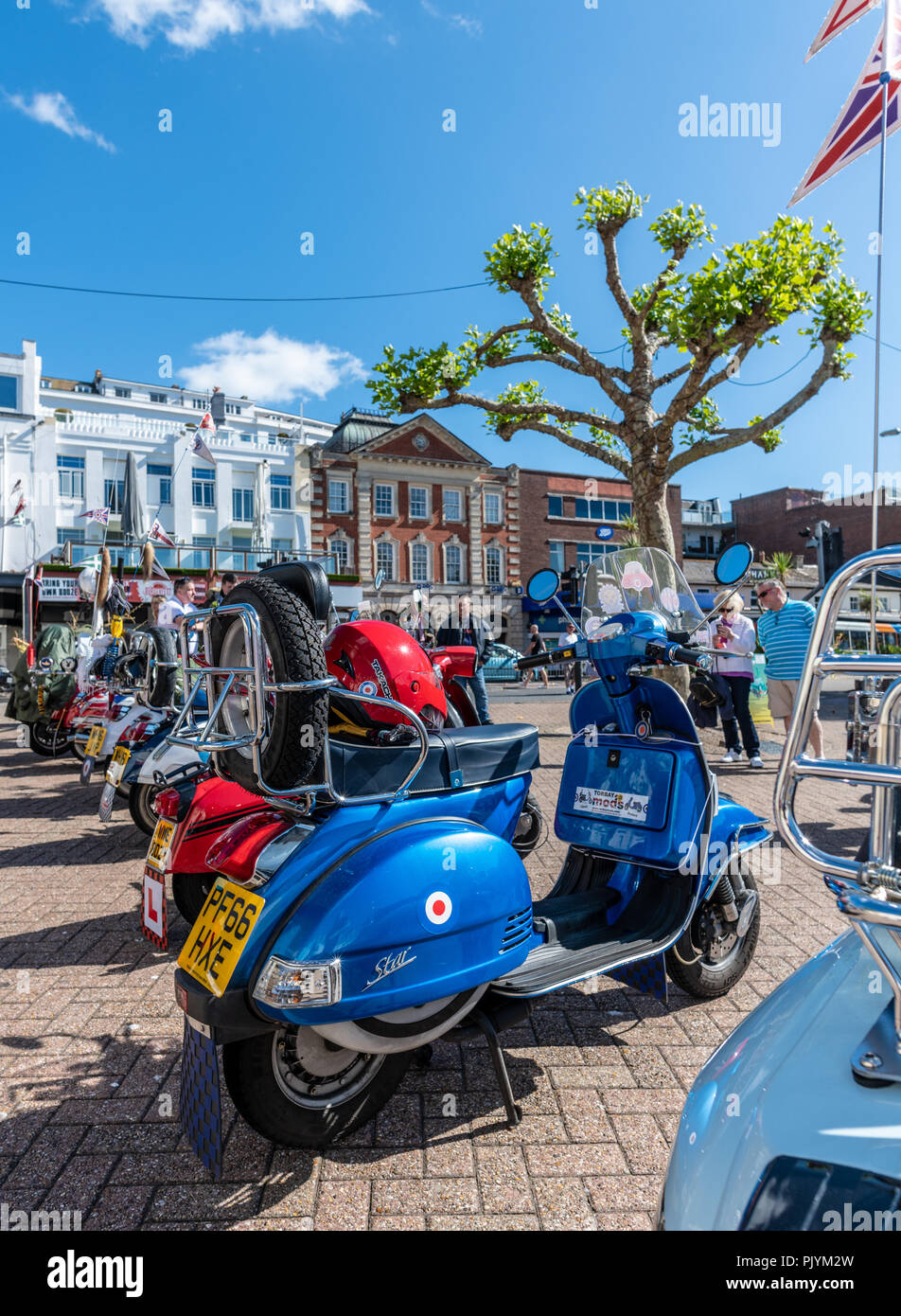 Scooter Club Stock Photos & Scooter Club Stock Images - Alamy