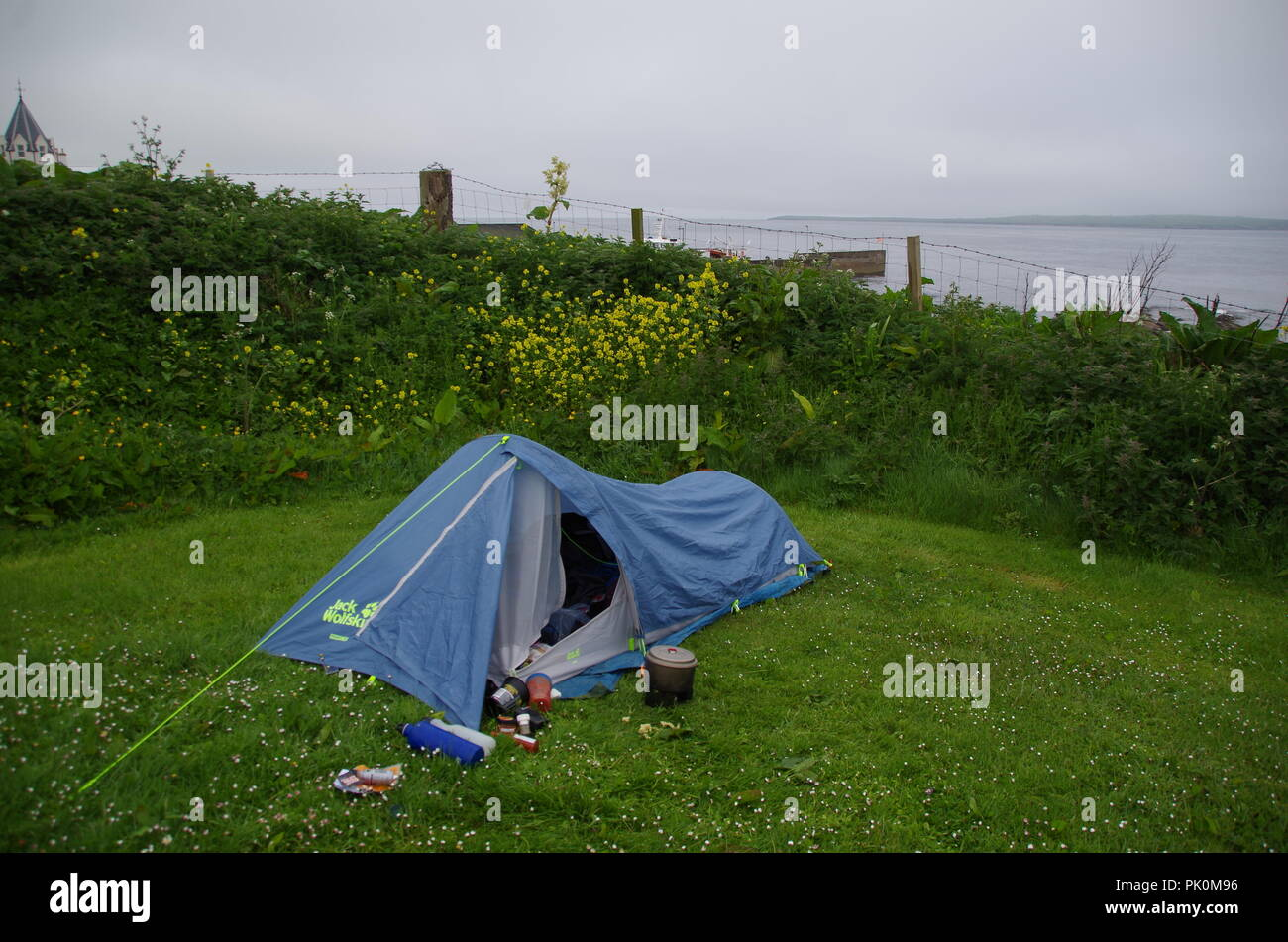 Campsite @ The start of a long hike. John o' groats (Duncansby head) to lands end. Cornwall. End to end trail. Caithness. Highlands. Scotland. UK - Stock Image