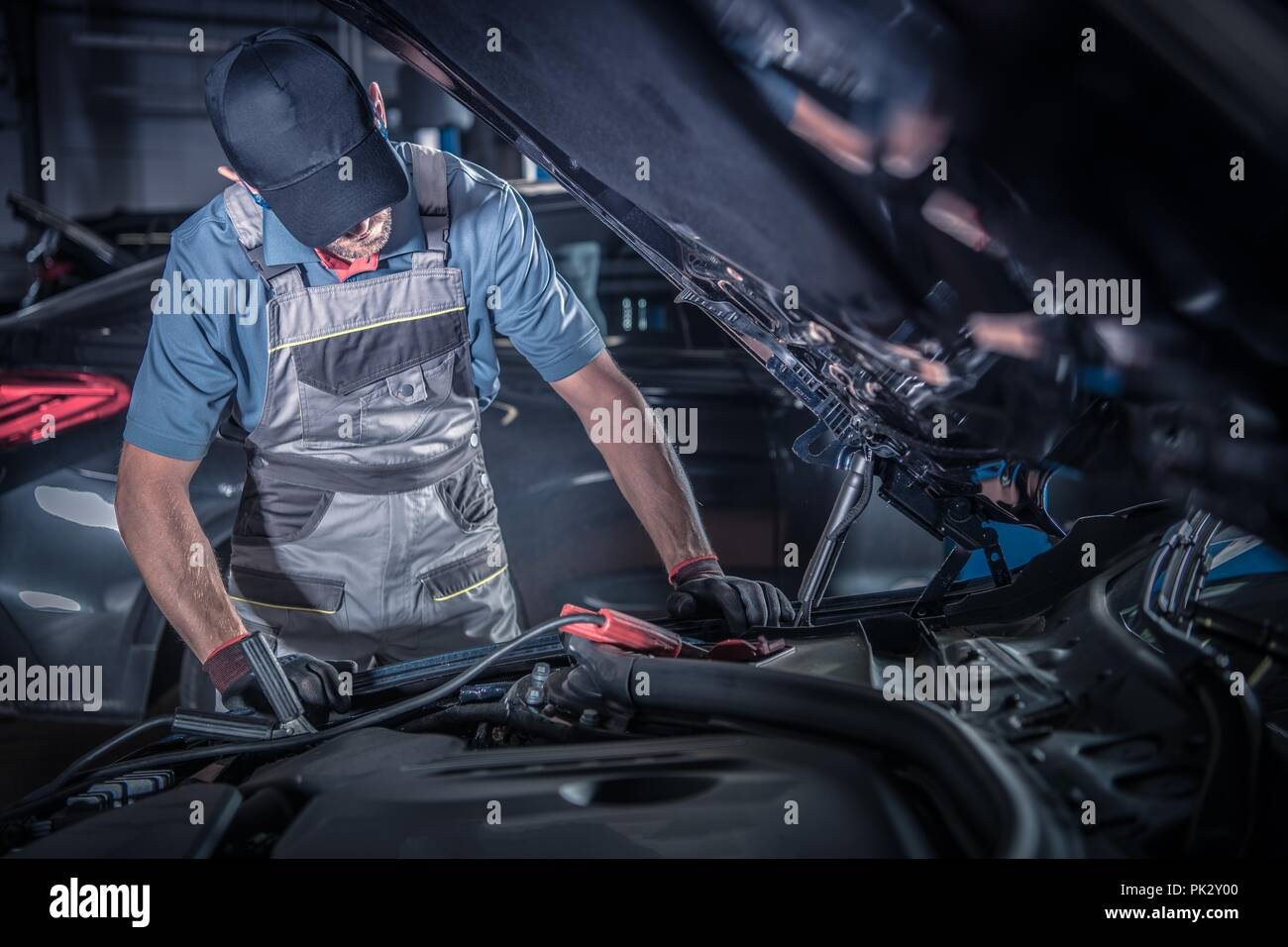 looking under car stock photos looking under car stock images alamy. Black Bedroom Furniture Sets. Home Design Ideas