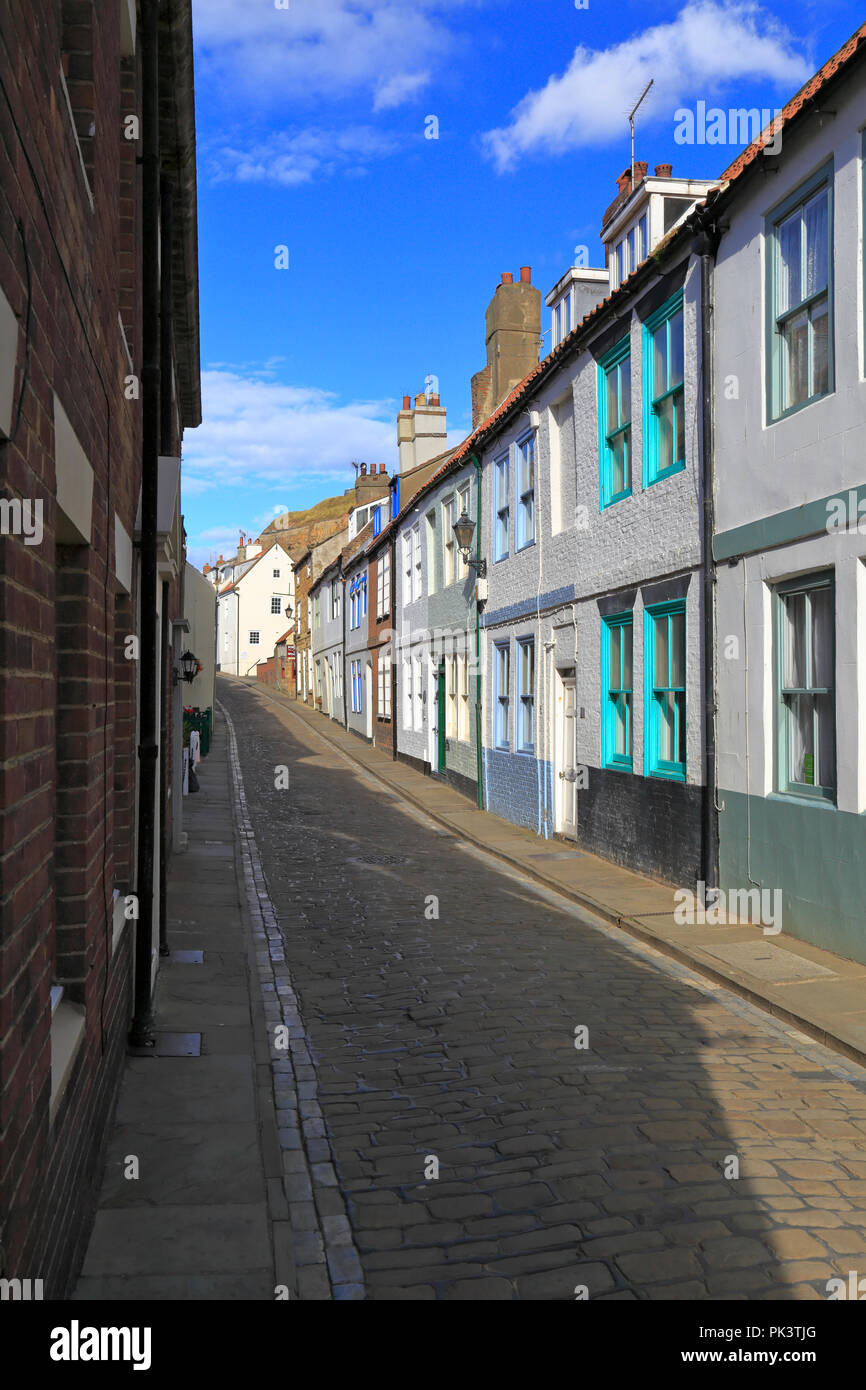 Astonishing Holiday Cottages On Cobbled Henrietta Street Whitby North Download Free Architecture Designs Barepgrimeyleaguecom