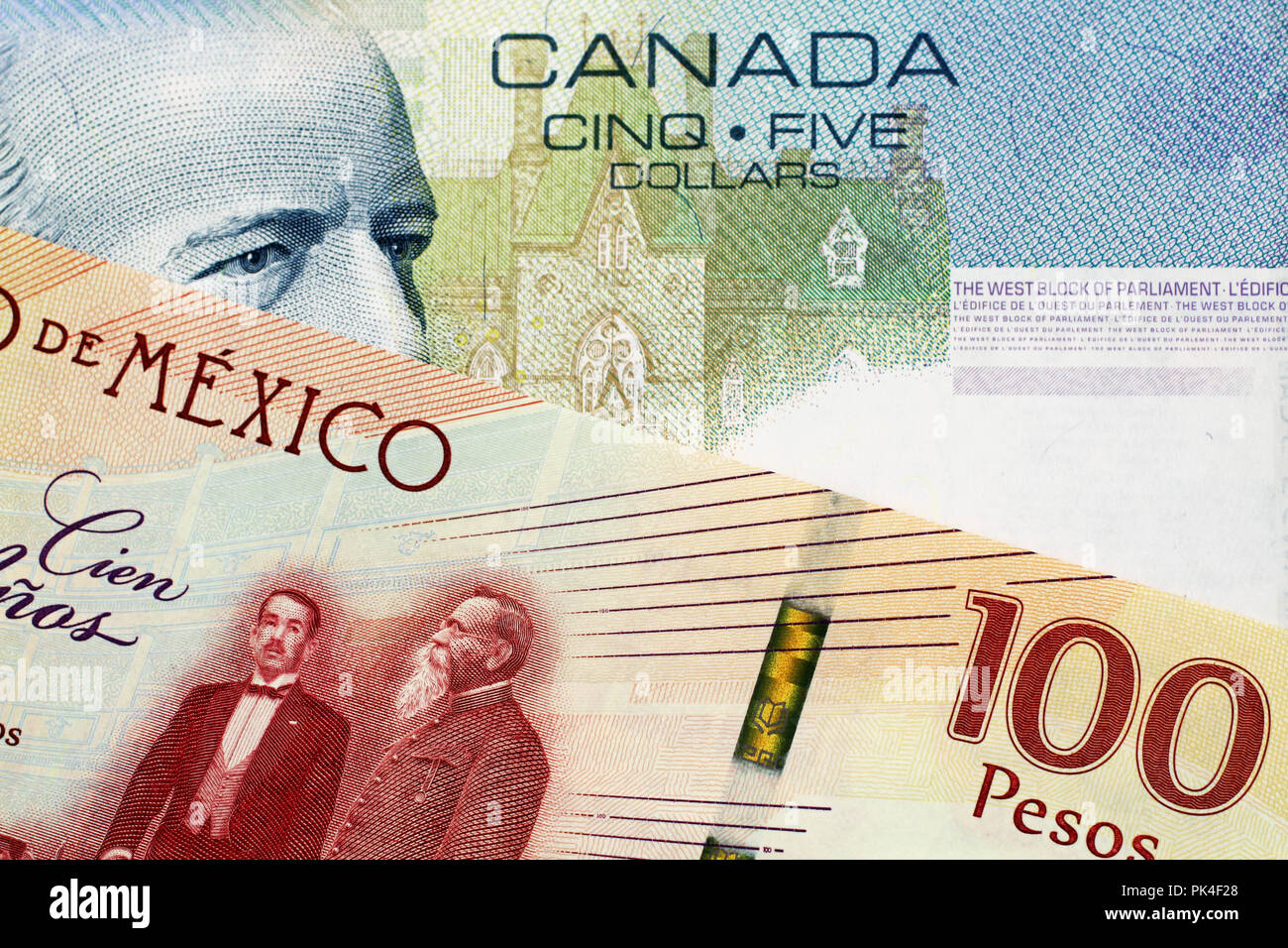 Five Dollar Bank Note Canada Stock Photos & Five Dollar Bank