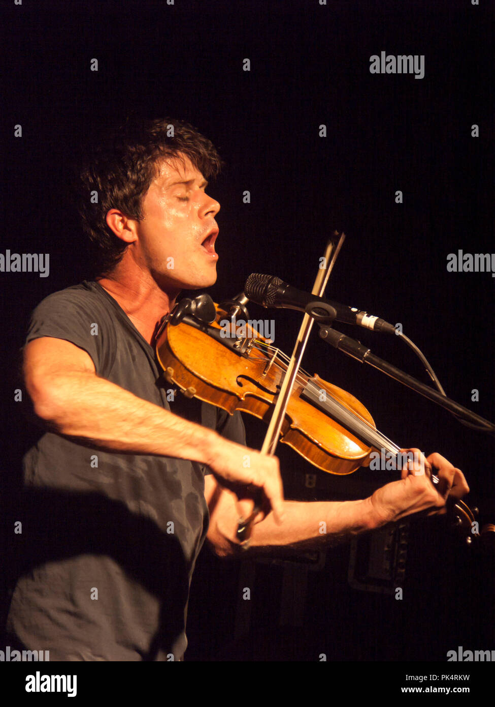 Seth Lakeman performs at the Liquid Rooms venue in Edinburgh, in 2008 - Stock Image