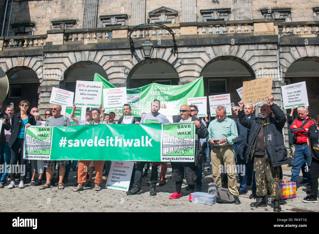 Save Leith Walk Protest, Petition handover at Edinburgh City Chambers, Drum Property - Stock Image