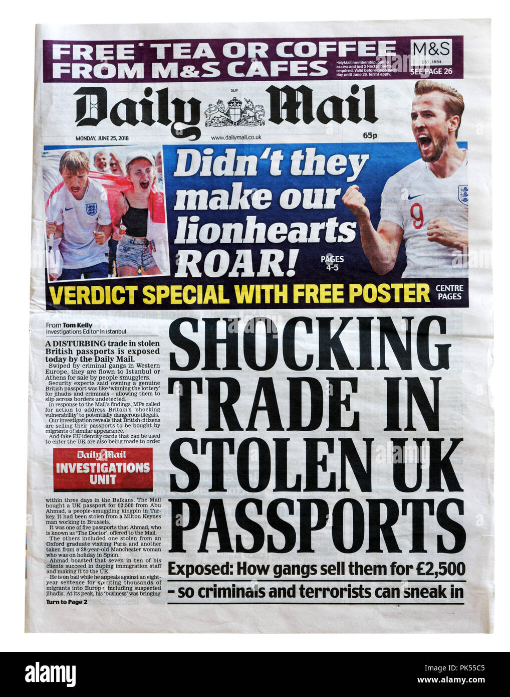 Front page of the Daily Mail with the headline Shocking Trade in Stolen UK Passports, revealing the sale of stolen passports and ID on social media - Stock Image