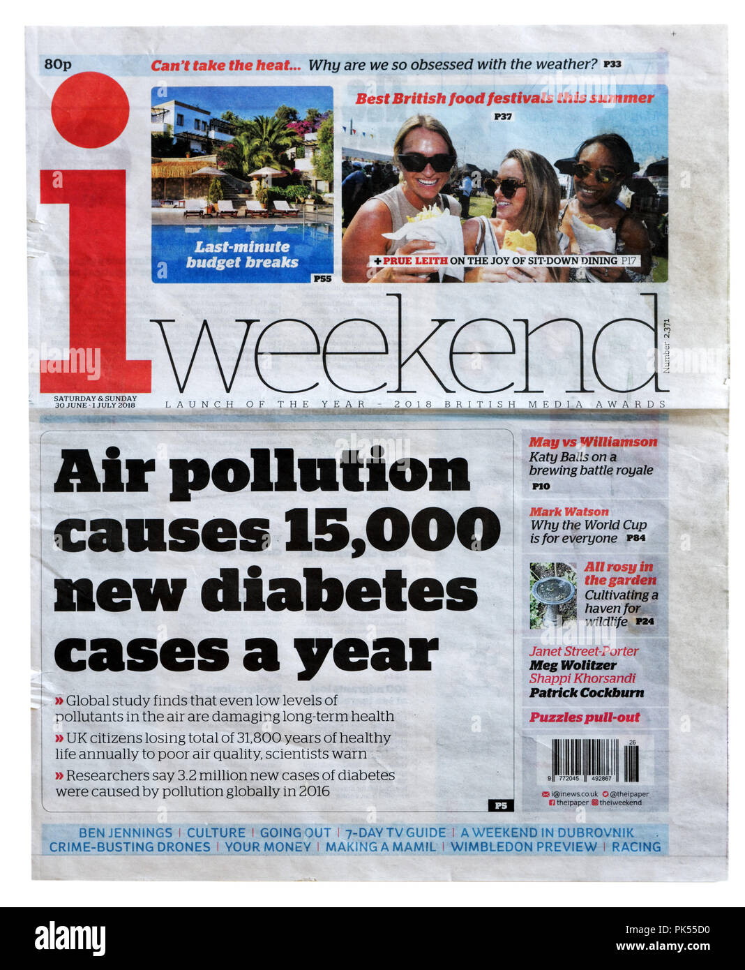 Front page of the iWeekend with the headline Air Pollution Causes 15000 New Diabetes Cases a Year, about the impact of pollution on health - Stock Image