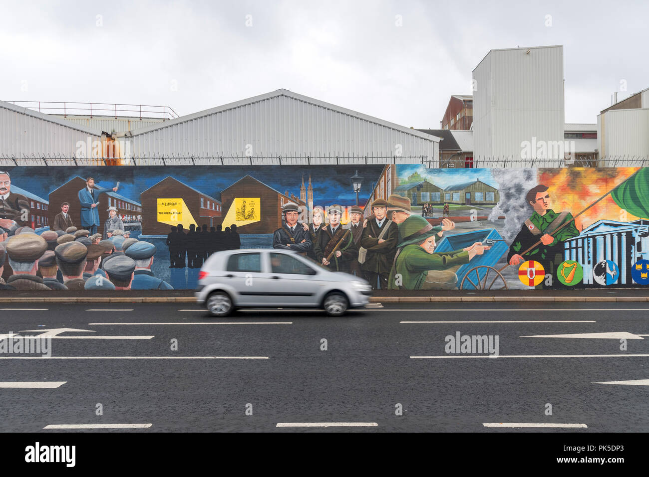 Political murals in Belfast, Northern Ireland - Stock Image
