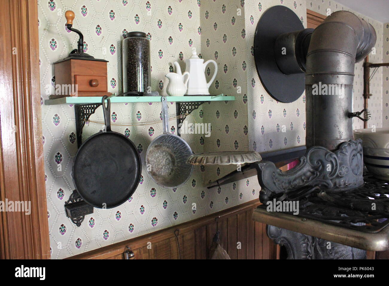Jewel Stoves and Ranges vintage and authentic cast iron stove in the kitchen at the Volkening Heritage Farm in Schaumburg, Illinois on a late summer day. - Stock Image