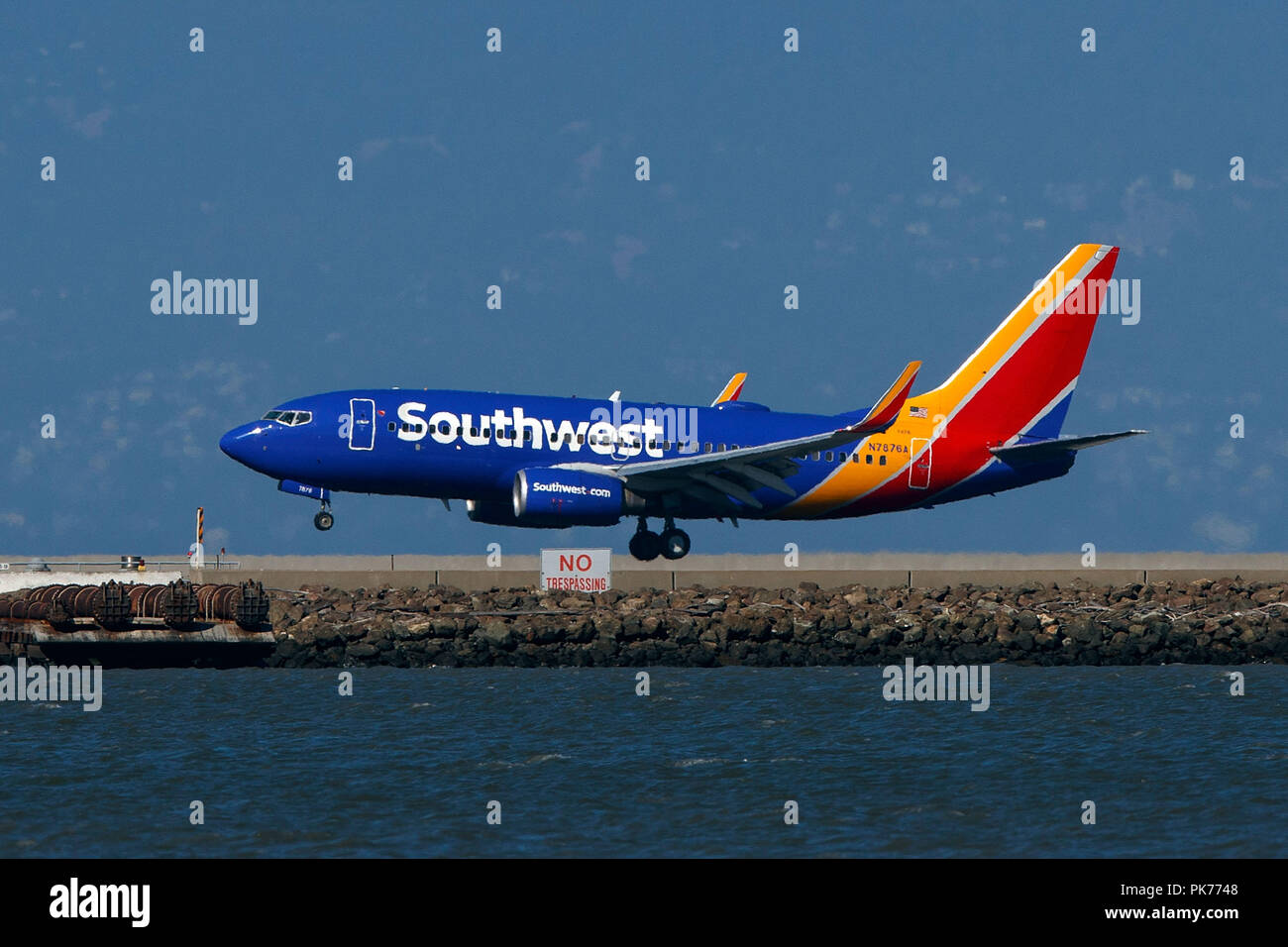 3bad5eaca3ee Boeing 737-7Q8 (N7876A) operated by Southwest Airlines landing at San  Francisco International