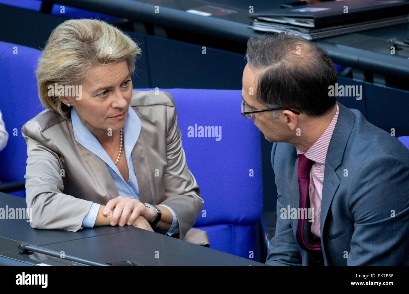 Berlin, Germany. 11 September 2018, Berlin: Ursula von der Leyen (CDU), Federal Minister of Defence, and Heiko Maas (SPD), Foreign Minister, will participate in the plenary session in the German Bundestag. The main topic of the 47th session of the 19th legislative period is the Federal Government's draft budget 2019 and the federal budget 2018 to 2022. Photo: Bernd von Jutrczenka/dpa Credit: dpa picture alliance/Alamy Live News - Stock Image