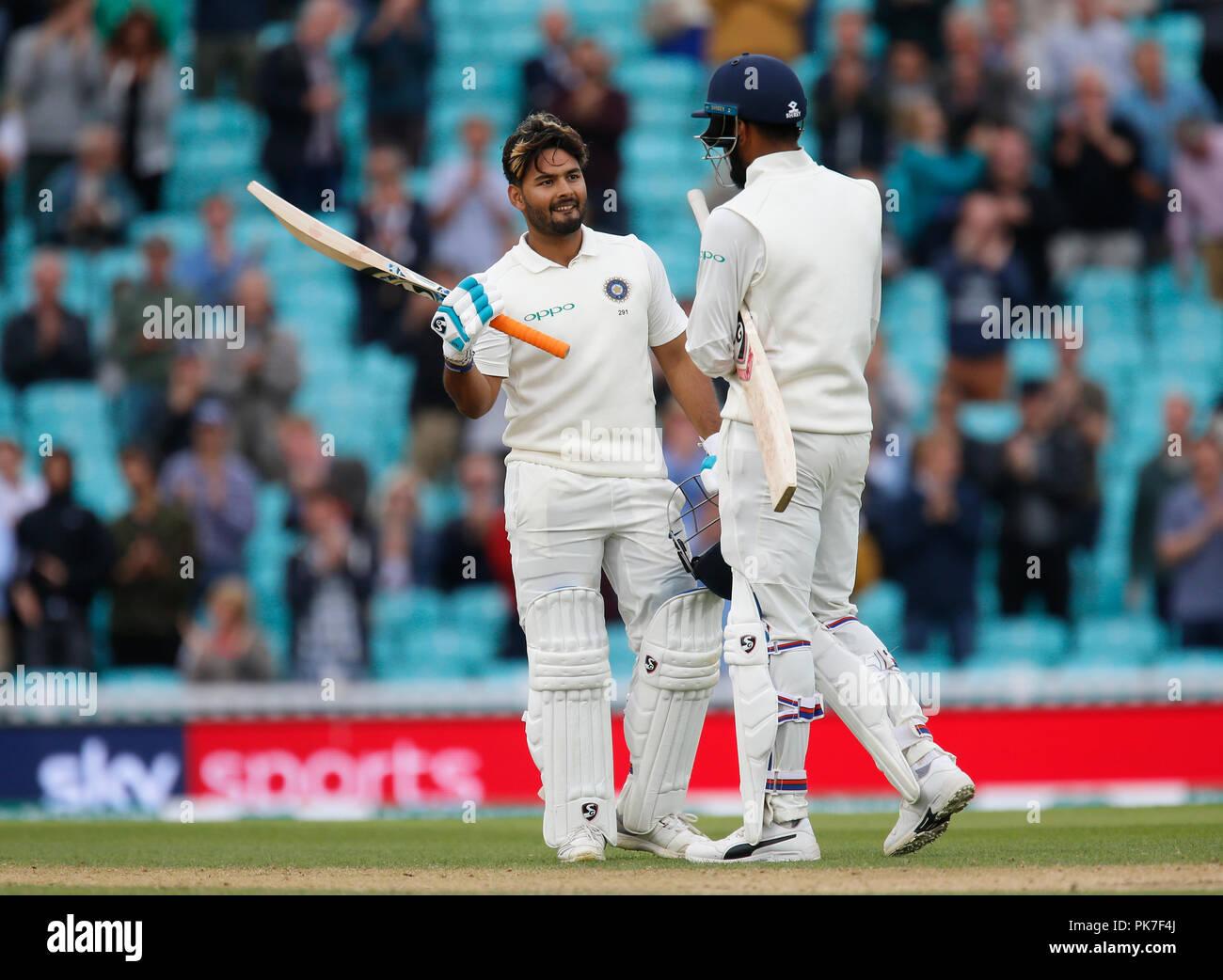 Kia Oval, London, UK. 11th Sep, 2018. Specsavers International Test Match Cricket, 5th test, day 5; KL Rahul of India congratulates batting partner Rishabh Pant on reaching his century Credit: Action Plus Sports/Alamy Live News Stock Photo