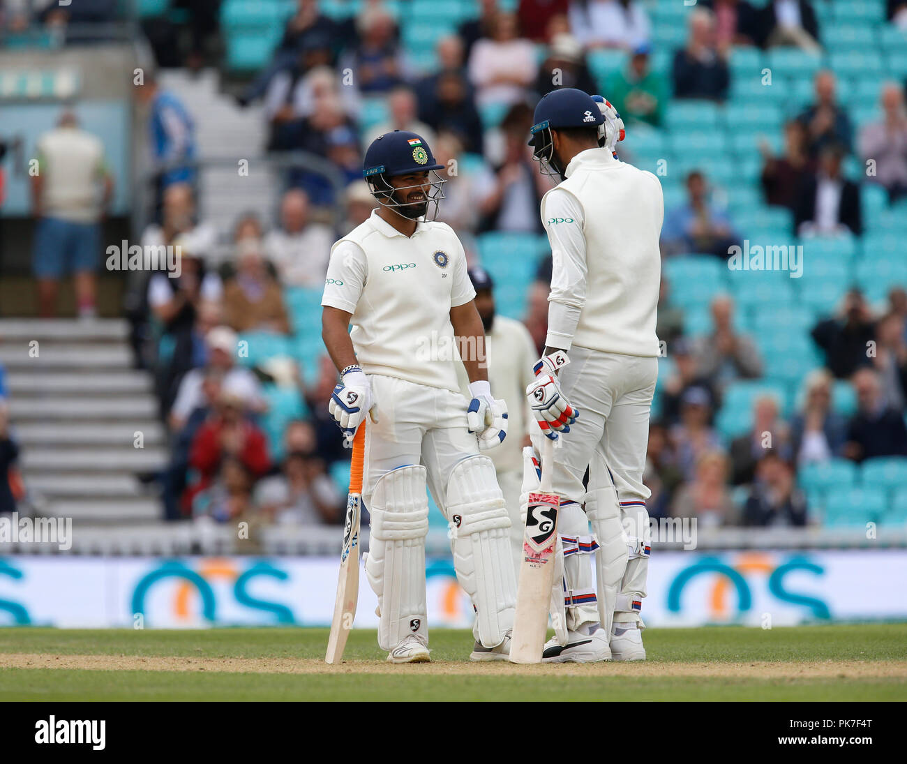 Kia Oval, London, UK. 11th Sep, 2018. Specsavers International Test Match Cricket, 5th test, day 5; Rishabh Pant of India is congratulated by KL Rahul after he reaches his half century Credit: Action Plus Sports/Alamy Live News - Stock Image