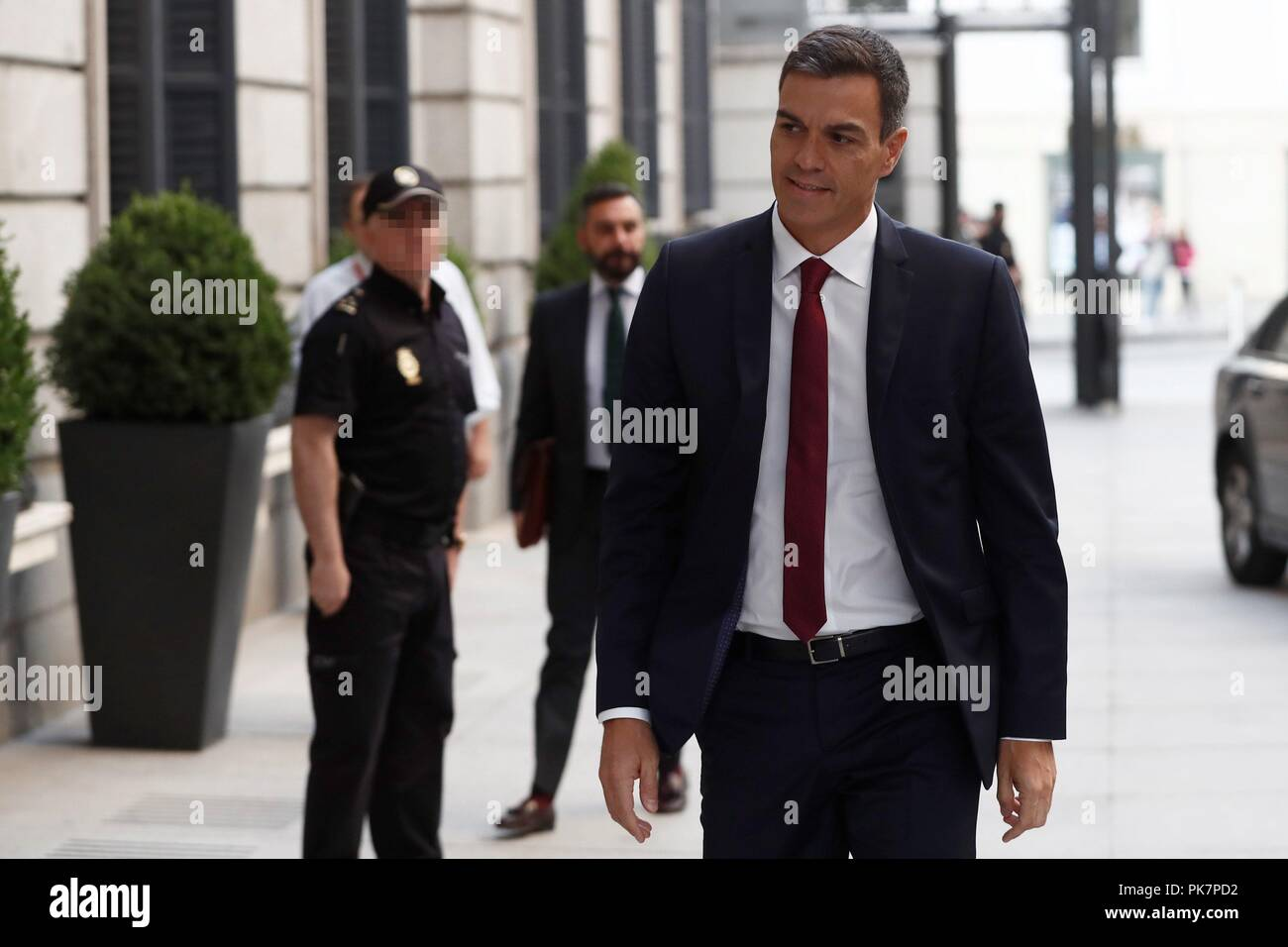 Madrid, Spain. 12th Sep, 2018. Spanish Prime Minister, Pedro Sanchez, arrives to the Lower House in Madrid, Spain, to attend question time, 12 September 2018. Credit: Mariscal/EFE/Alamy Live News - Stock Image