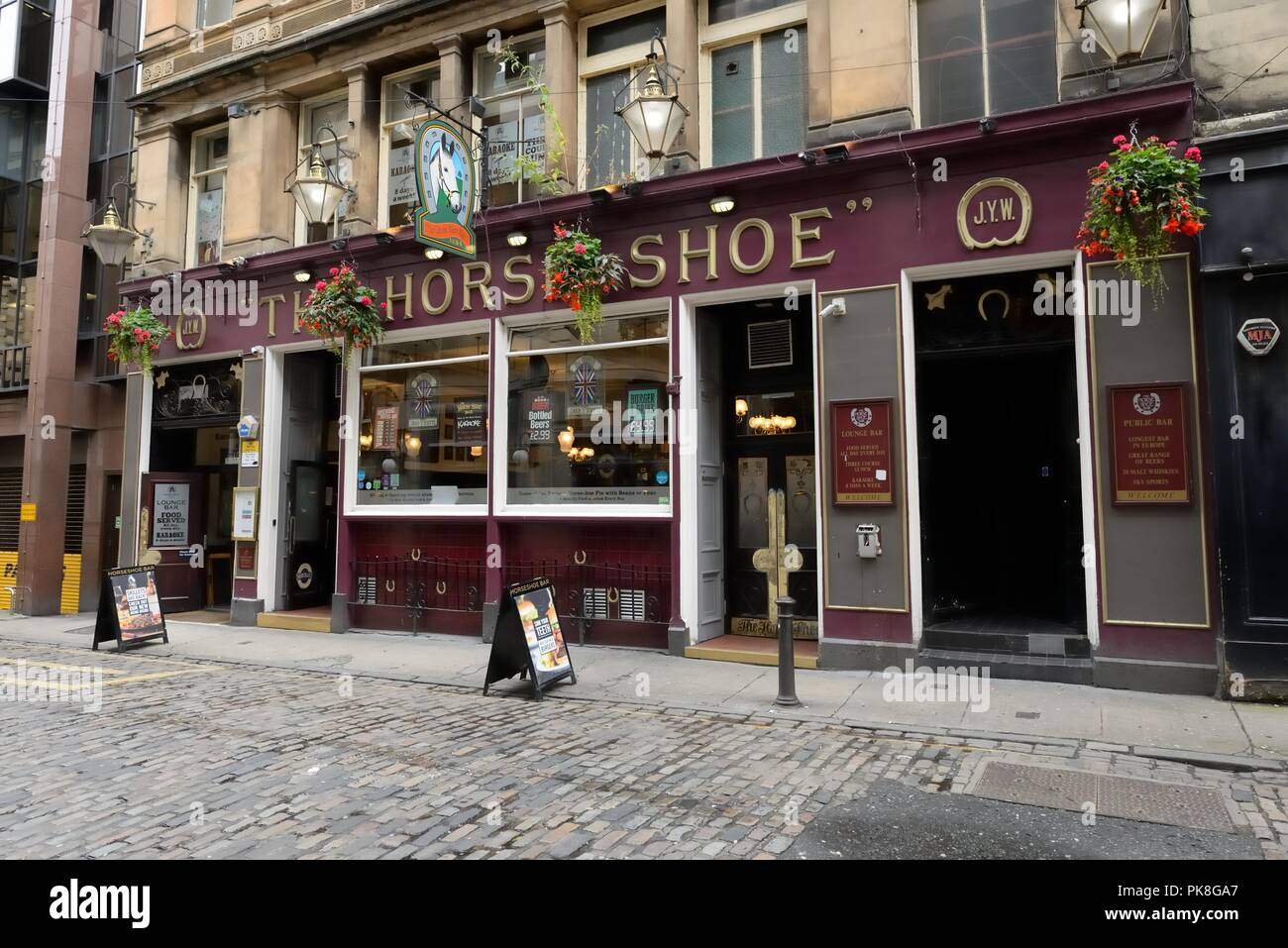 The famous Horse Shoe Bar in Glasgow's Drury Street since 1884, Scotland, UK - Stock Image